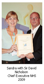 Sandra Snell with Sire David Nicholson, Chief Executive NHS 2009